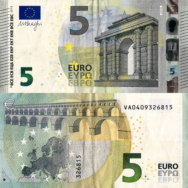 2013 Issue - 5 Euro (Signature Mario Draghi)